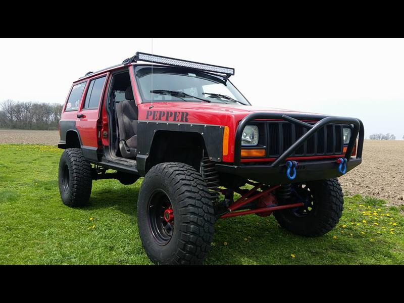 Front Bumper With Grille Guard Cherokee Xj And Comanche Mj
